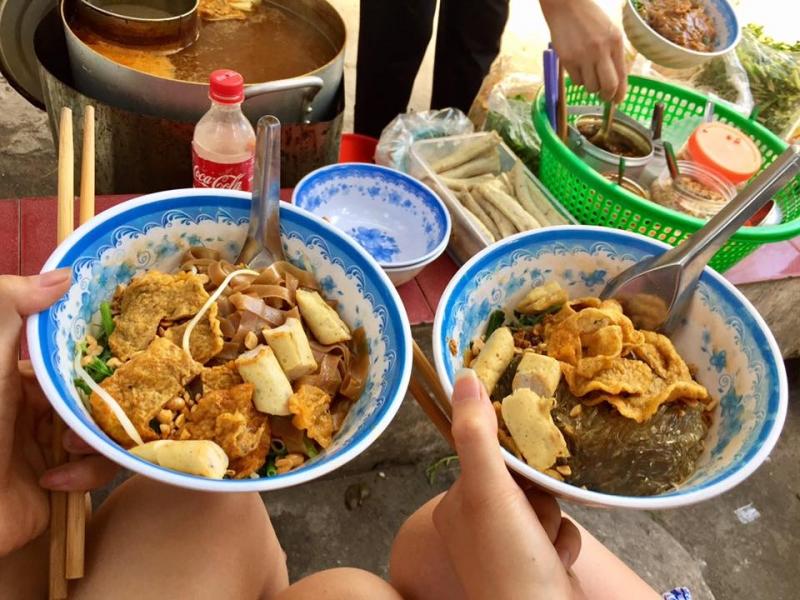 Bánh đa trộn Ngõ 36 Vũ Ngọc Phan