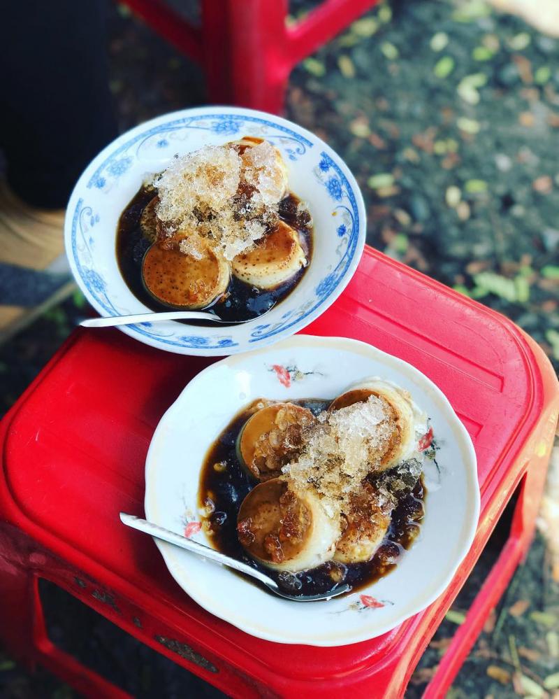 Bánh Flan Ivy & Lily Trần