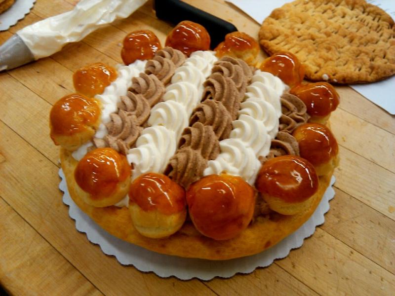 Bánh Gateau St. Honore (Bỉ)