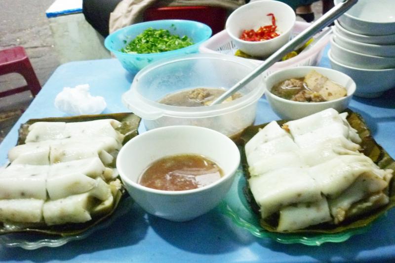 Bạn có thể chọn Bánh Giò, Bánh Bột Lọc & Bánh Bèo ở Trần Nguyên Hãn để thưởng thức món bánh bèo tại mảnh đất Hải Phòng.