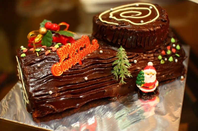 Bánh khúc cây giúp tiệc Giáng sinh thêm trọn vẹn hơn