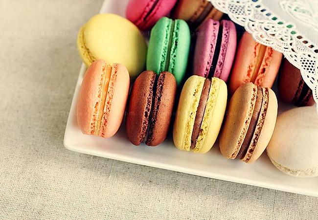 Macaron - đầy hương vị và sắc màu