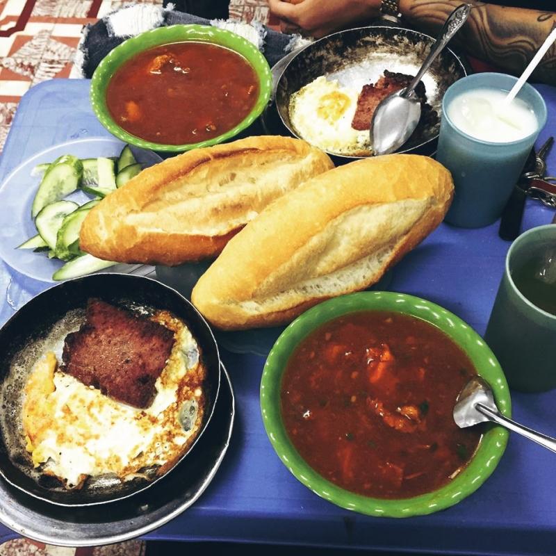 Bánh mì 35 Thái Thịnh