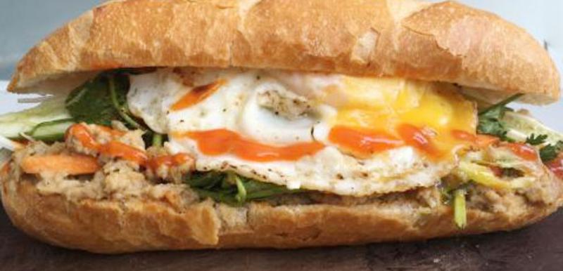 Bánh mì trứng ốp la (Ảnh minh họa)