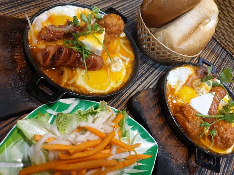 Bánh Mì Chảo Cô 3 Hậu