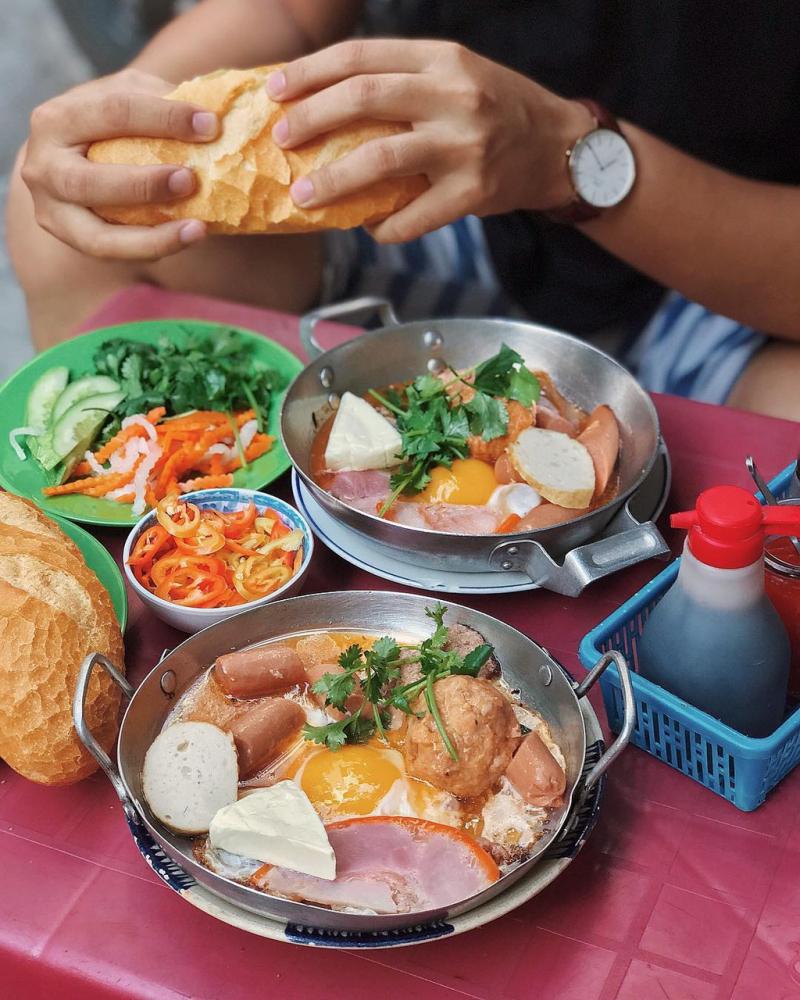 Bánh mì chảo Đặng Trần Côn