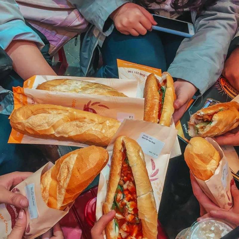 Bánh Mì Dân Tổ - Cao Bằng