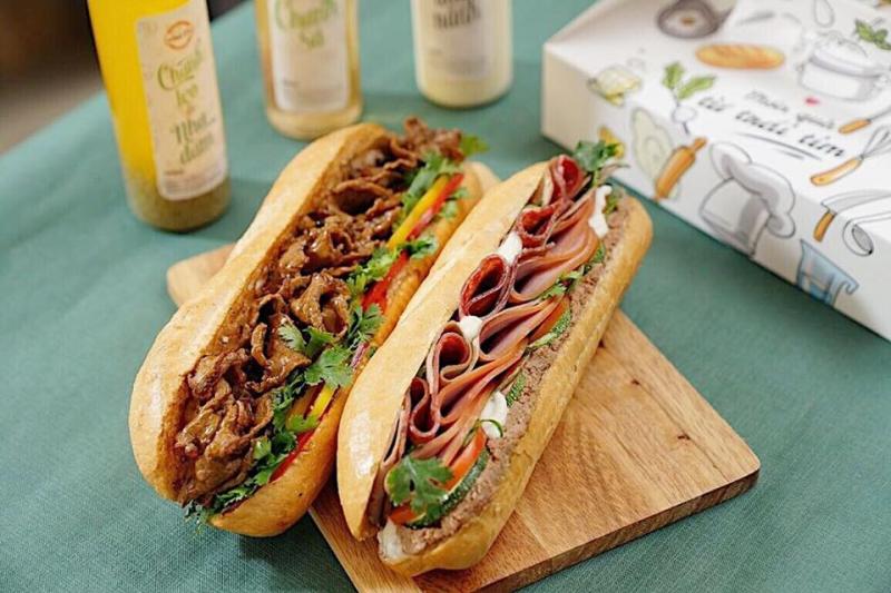 Bánh Mì Minh Nhật - Tôn Thất Tùng