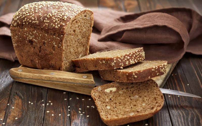 Bánh mì nâu là nguồn cung cấp tinh bột cực lành mạnh