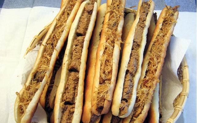 Bánh mỳ que Tứ Hải