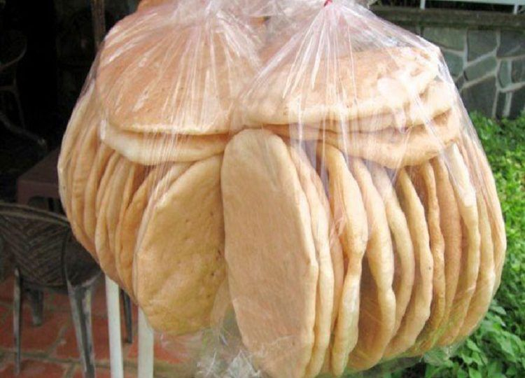 Bánh phồng Sơn Đốc