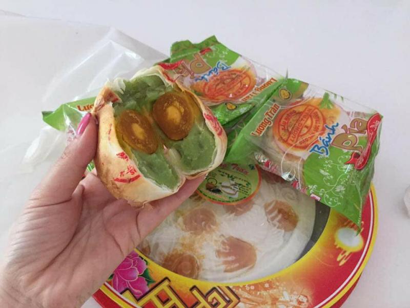 Bánh Pía Lương Trân