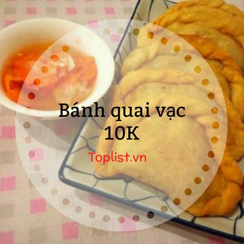 Là món bánh lâu đời của người Hoa, bánh quai vạc khiến nhiều người ngỡ ngàng vì độ rẻ bèo của chúng.