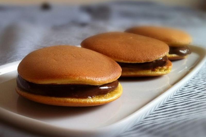 Bánh rán Doremon nhân socola