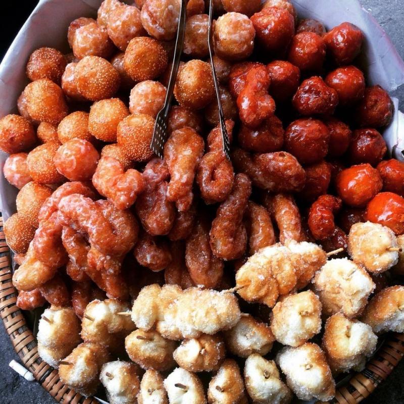 Bánh rán là món ăn đặc sản của người Hà Nội