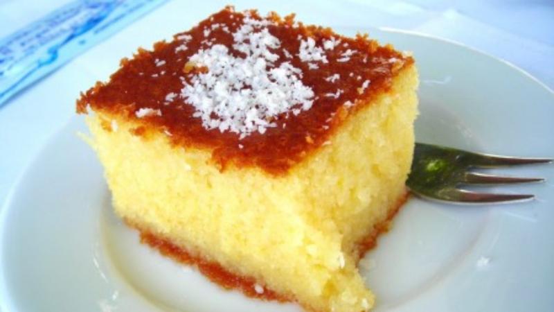 Bánh Revani là một món bánh có mặt trong danh sách ẩm thực phong phú của Thổ Nhĩ Kỳ