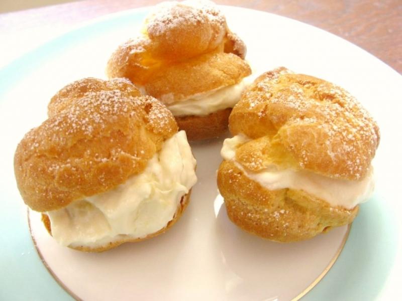 món ăn từ sầu riêng, bánh su kem sầu riêng