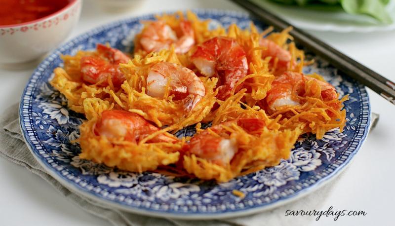 Shrimp cake - Phu Tay Ho, Duong Thanh Nien