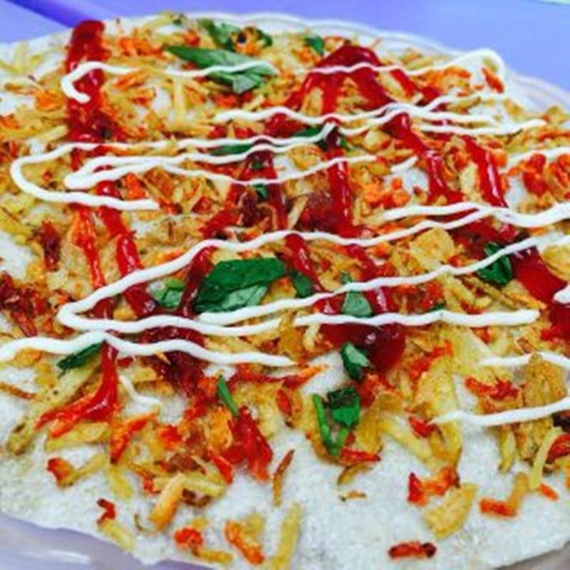Bánh tráng nướng đặc sản Đà Lạt ngay tại Bách Khoa Hà Nội