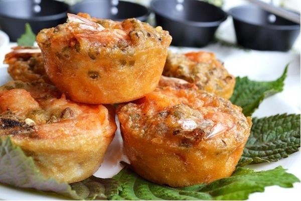 Bánh vá (bánh giá) Chợ Giồng là món ăn ngon du khách nên thử qua khi có dịp du lịch Tiền Giang