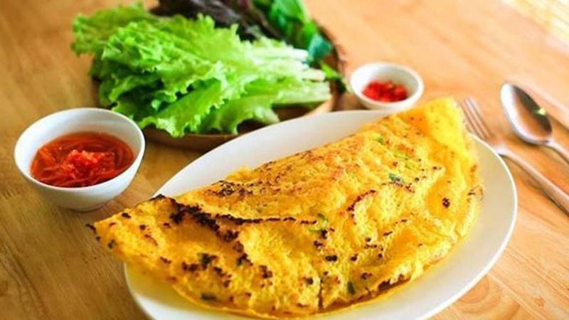 Bánh Xèo, Nem Lụi & Khoai Lang Lắc