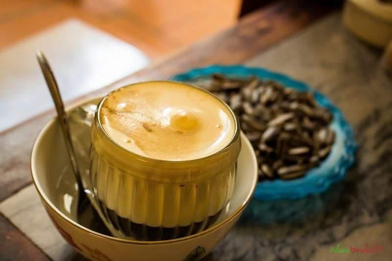Đến với Lối Nhỏ Kafe bạn sẽ cảm nhận được không khí nhẹ nhàng, yên tĩnh và thật thư giãn sau những ngày mệt mỏi vì công việc.
