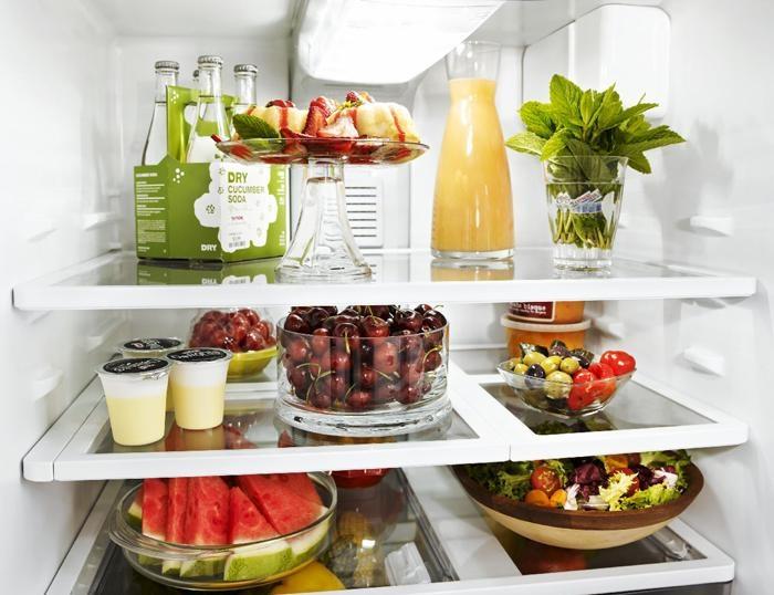 Nên phân loại đồ ăn để sắp xếp phù hợp trong tủ lạnh