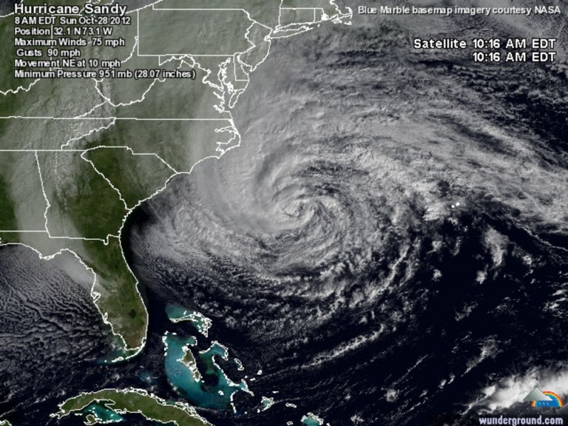 Hình ảnh siêu bão Sandy đổ bộ vào Mỹ.