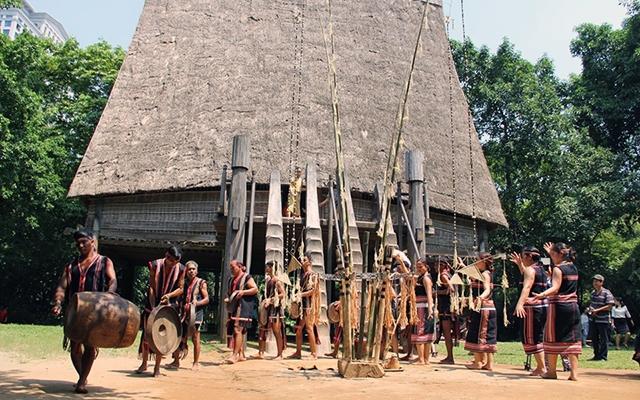 Bảo tàng Dân tộc học Việt Nam - nơi lưu trữ văn hóa Việt