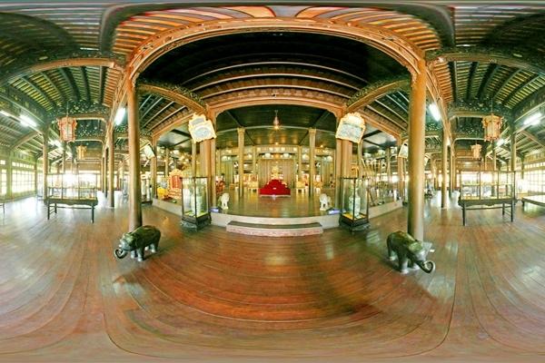 Điện Long An (Bảo tàng mĩ thuật Huế) - Cung điện đẹp nhất trong hoàng thành