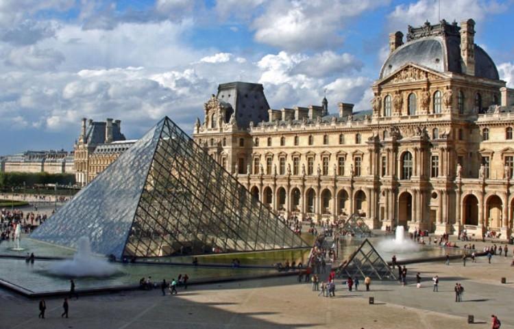 Louvre nơi ghi nhận văn minh nhân loại