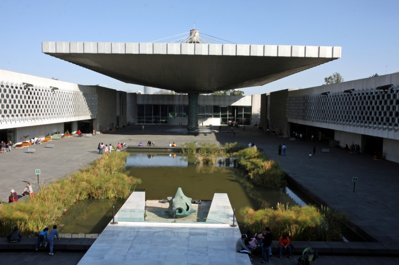 Bảo tàng nhân học Quốc gia Mexico (Thành phố Mexico, Mexico) - 33,000 m2