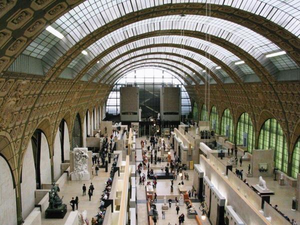 Bảo tàng thu hút hàng triệu khách du lịch