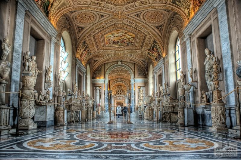 Nội thất ấn tượng bên trong bảo tàng Vatican