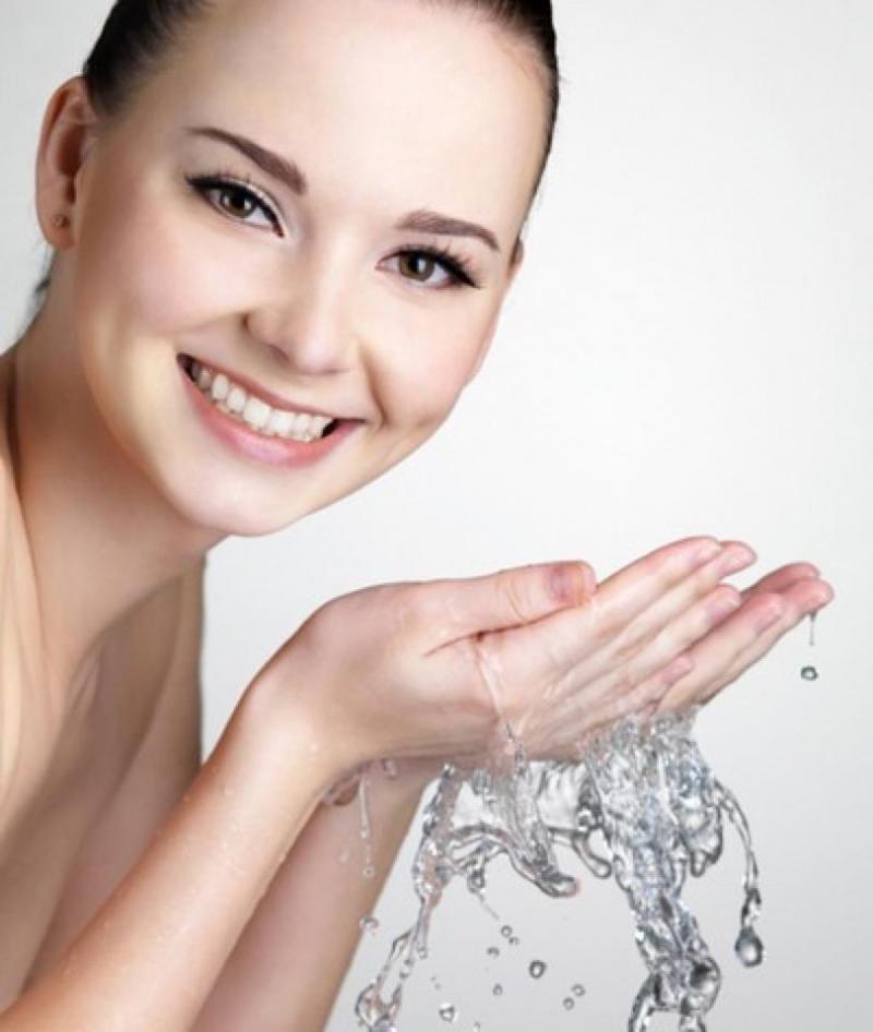 Làm sạch da thật kỹ
