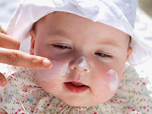 Bảo vệ làn da mỏng manh của trẻ