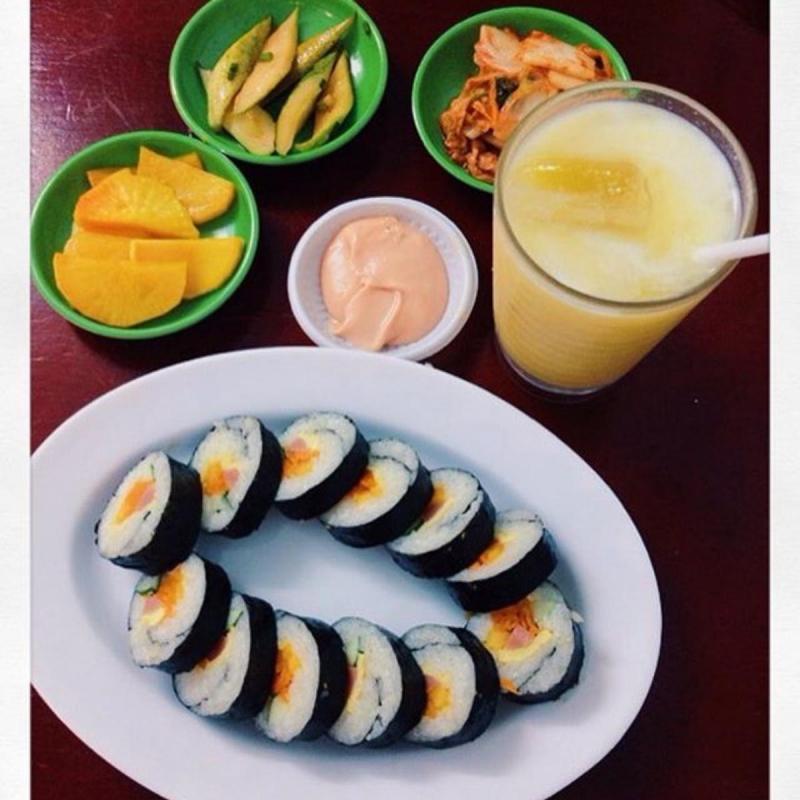 BapBap Quán là quán ăn Hàn Quốc rất được yêu thích gần Học Viện Ngân Hàng