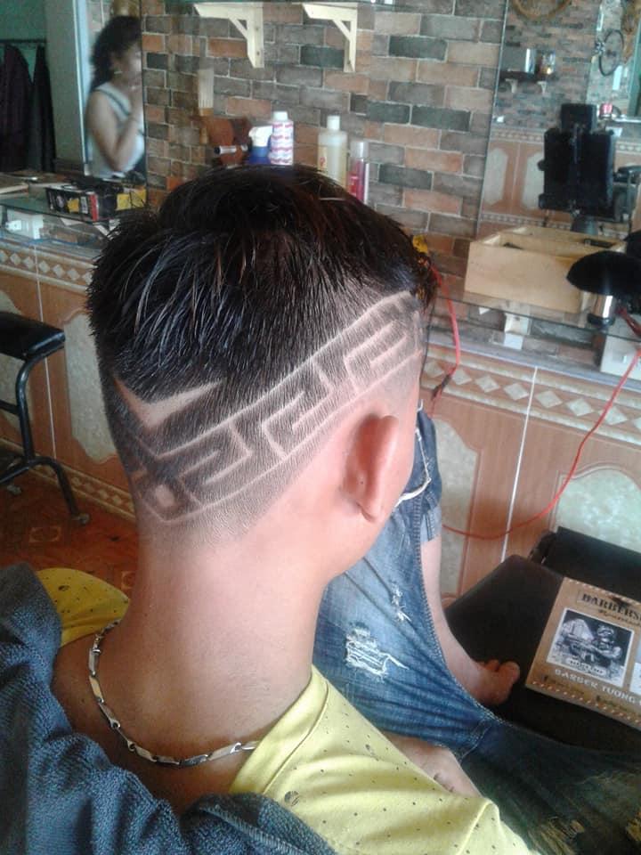 Barbershop Đỏ Nguyễn