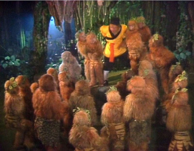 Bầy khỉ con trong phim
