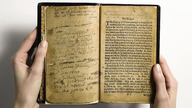 Bay Psalm Book là một cuốn sách cổ cực kỳ quý hiếm