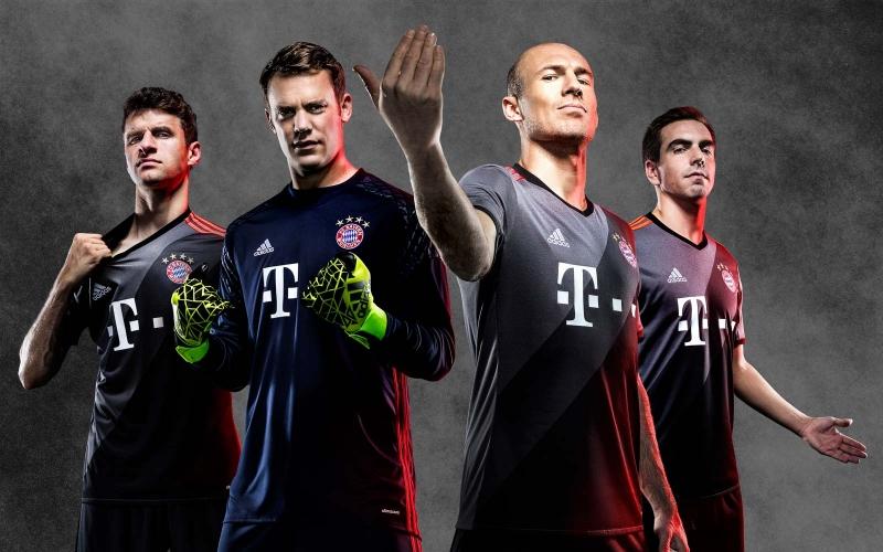 Áo sân khách của Bayern