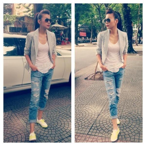 Bazer và quần jean rách