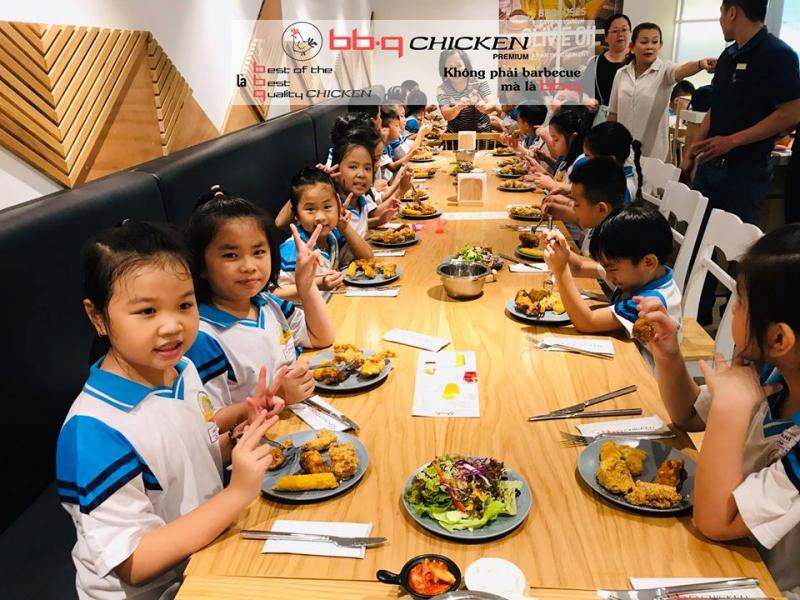 Top 11 Quán ăn ngon và chất lượng tại đường Cách Mạng Tháng 8, TP. HCM