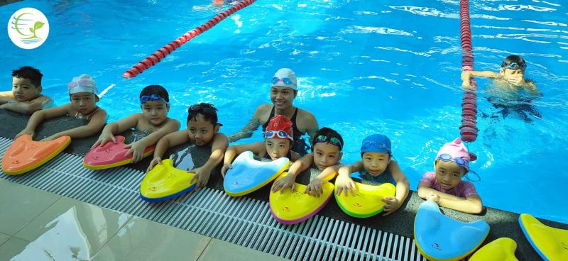 Bể Bơi Bốn Mùa Hoàng Mai