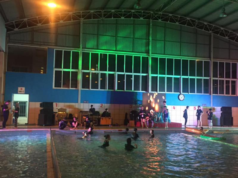 Bể Bơi Bốn Mùa Khăn Quàng Đỏ