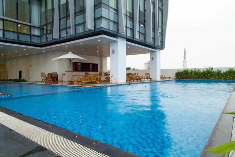 Bể bơi Khách sạn Sông Hàn