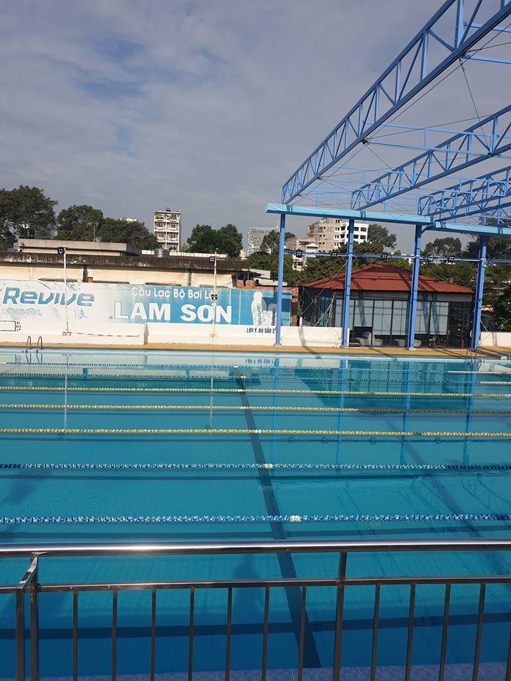 Bể bơi Lam Sơn