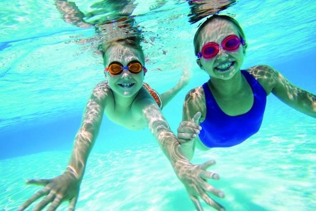 Học viên khi đến với các lớp học bơi đều có thể tự tin bơi lội ngay sau khi kết thúc khóa học