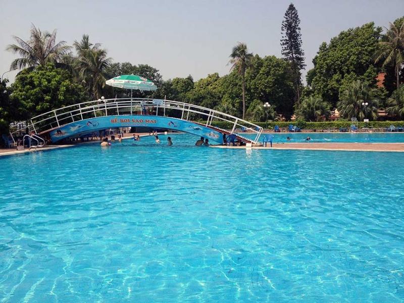 Bể bơi Sao Mai