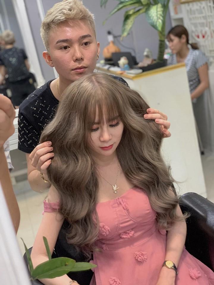 Các thợ làm tóc tại Beauty Salon B&B nổi tiếng là giỏi biến tấu, tạo kiểu tóc phù hợp với nhiều đối tượng khác nhau